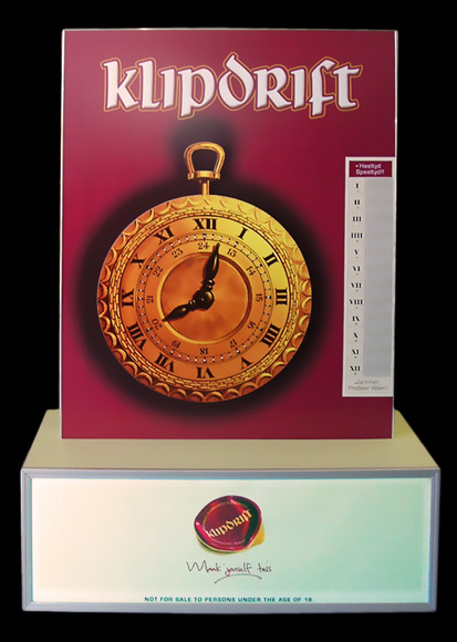 Klipdrift Brandy Win & Spin: 60 segments (to represent minutes on a clock), 1 light/segment, backlit and branded base.
